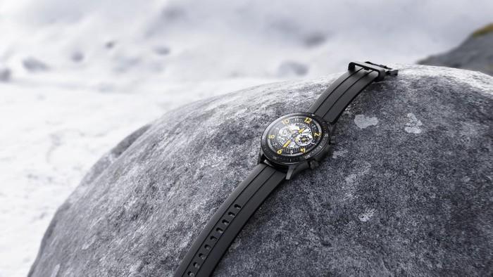 Realme Watch S Pro smartwatch jam pintar