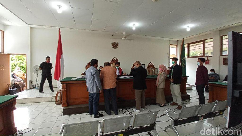 Mediasi Anak Gugat Ayah, Hakim: Kendalikan Emosi, Kita Ingin Damai