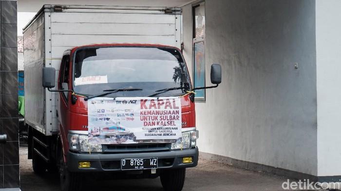 Aksi Cepat Tanggap (ACT) Jabar bersinergi dengan TNI AL mengirimkan kapal kemanusiaan ke Sulawesi Barat dan Kalimantan Timur. Kapal itu akan mengangkut 1000 ton bantuan logistik dan 300 relawan.