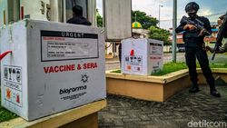 3.200 dari 7.720 Vial Vaksin COVID-19 Tiba di Ponorogo
