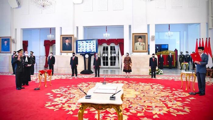 Presiden Jokowi melantik Kapolri Jenderal Listyo Sigit Prabowo