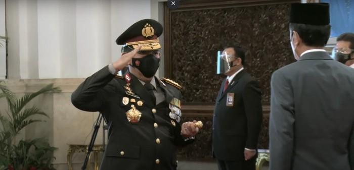 Listyo Sigit Prabowo resmi menyandang pangkat Jenderal Polisi usai dilantik Presiden Jokowi jadi Kapolri