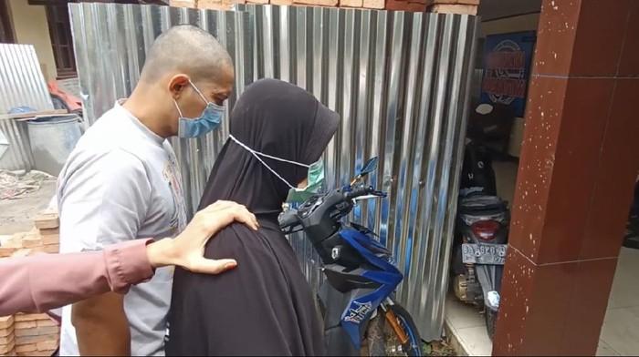 Pasangan suami-istri diduga pemerkosa wanita di Bukittinggi, Sumbar, saat diperiksa oleh polisi