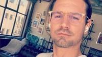 4 Fakta Alev Aydin, Ayah dari Anak yang Dikandung Halsey