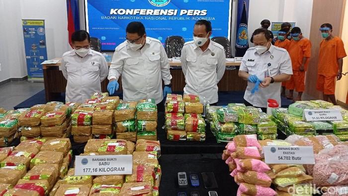BNN ungkap penyelundupan sabu di Aceh dan Sumatera Selatan