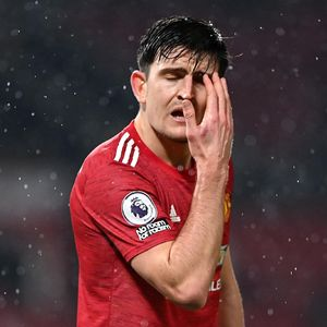 Dear Manchester United, Gantilah Harry Maguire