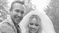 Pamela Anderson Sebut Diet Vegan Bikin Suaminya Makin Bergairah di Ranjang