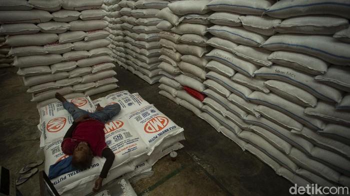 Menteri Pertanian Syahrul Yasin Limpo menyatakan ketersediaan beras hingga pertengahan 2021 dalam posisi aman.
