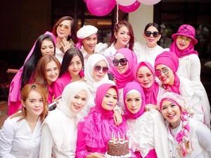 Viral Grup Arisan Ibu-ibu Sosialita Bandung, Ini Kisah Lengkapnya