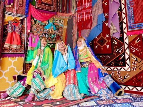 Geng arisan Sister Hood viral di TikTok
