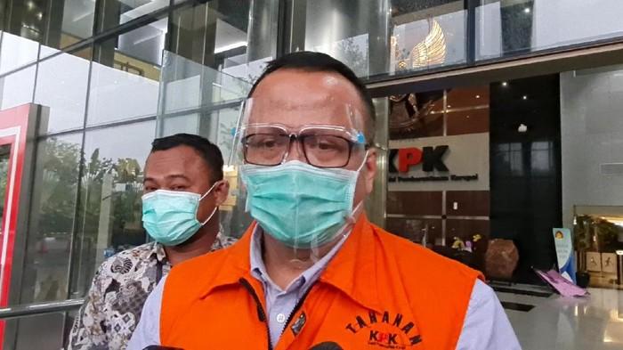 Eks Menteri Kelautan dan Perikanan Edhy Prabowo usai diperiksa KPK, di Gedung Merah Putih KPK, Kuningan, Jakarta Selatan, Jumat (29/1/2021).