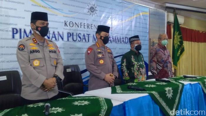 Kapolri Jenderal Listyo Sigit Prabowo silaturahmi ke PP Muhammadiyah (Adhyasta/detikcom)