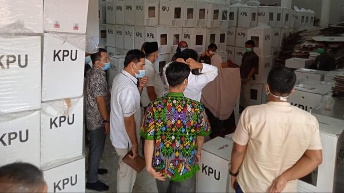 KPU Inhu buka kotak suara tanpa diawasi Bawaslu (dok. Istimewa)