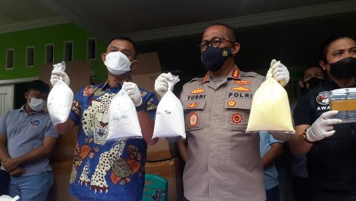 Pabrik kosmetik ilegal di Bekasi digerebek polisi