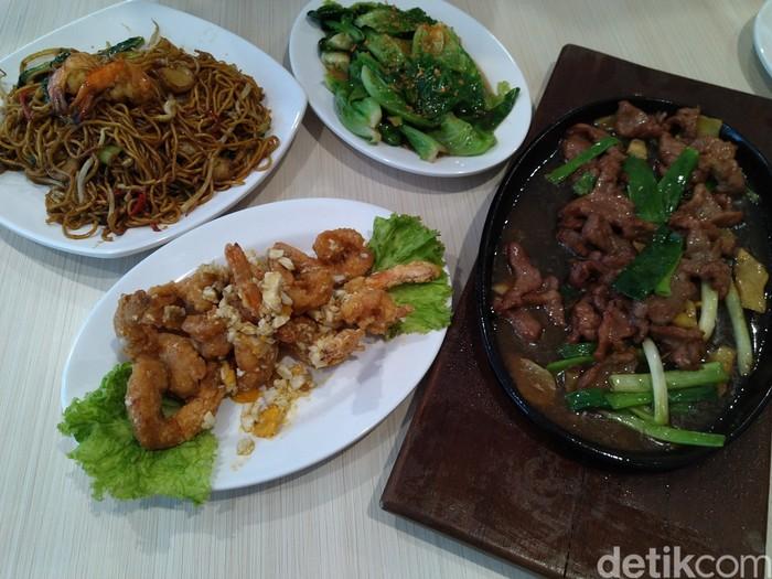 Restoran Family : Maknyus! Sapi Hotplate dan Mie Seafood Oriental