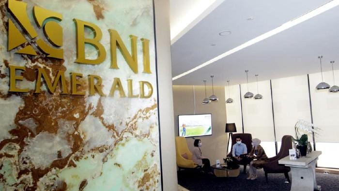 Sepanjang tahun 2020, active user BNI Mobile Banking secara year-on-year (yoy) tercatat meningkat sampai 59,6 persen dari 4.878.000 pengguna hingga menyentuh 7.787.000 pengguna.