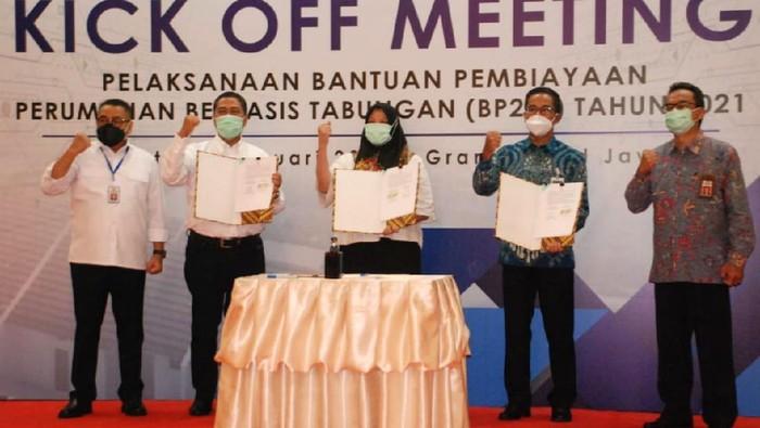 Kementerian PUPR mempercayakan penyaluran 11.000 unit hunian menggunakan skema Kredit Pemilikan Rumah Bantuan Pembiayaan Perumahan Berbasis Tabungan (KPR BP2BT).