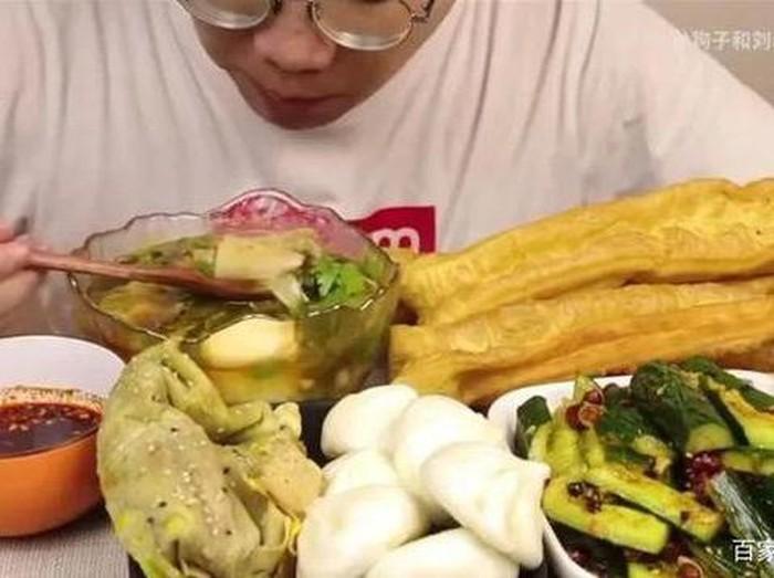 Tragis! 5 Food Vlogger Ini Tewas karena Mukbang