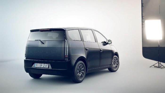 Mobil Listrik Sion