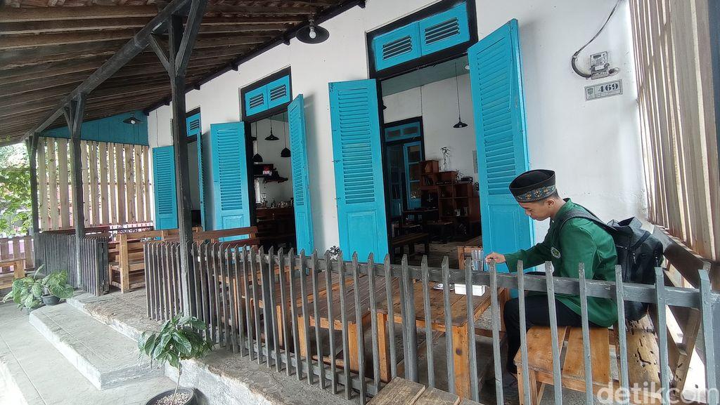 Toko Dudu di Pangandaran