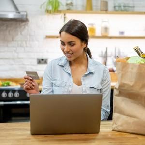 Dear Ibu-ibu, Ini 3 Cara Mengatur Uang Belanja dari Suami Biar Nggak Drama