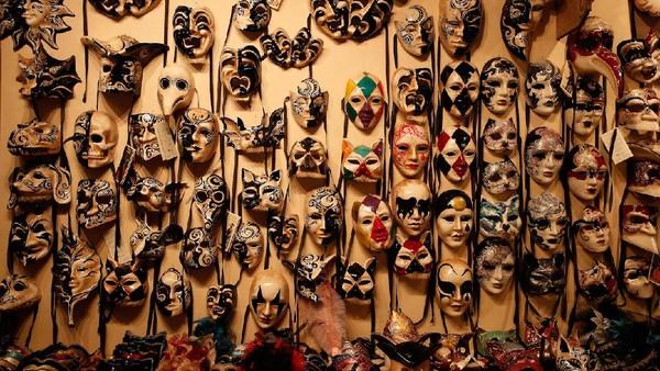 Meski begitu, Karnaval Venesia diketahui akan digelar secara daring atau online selama seminggu.