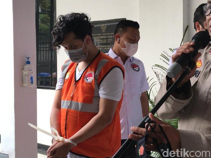 Abdul Kadir ditangkap polisi