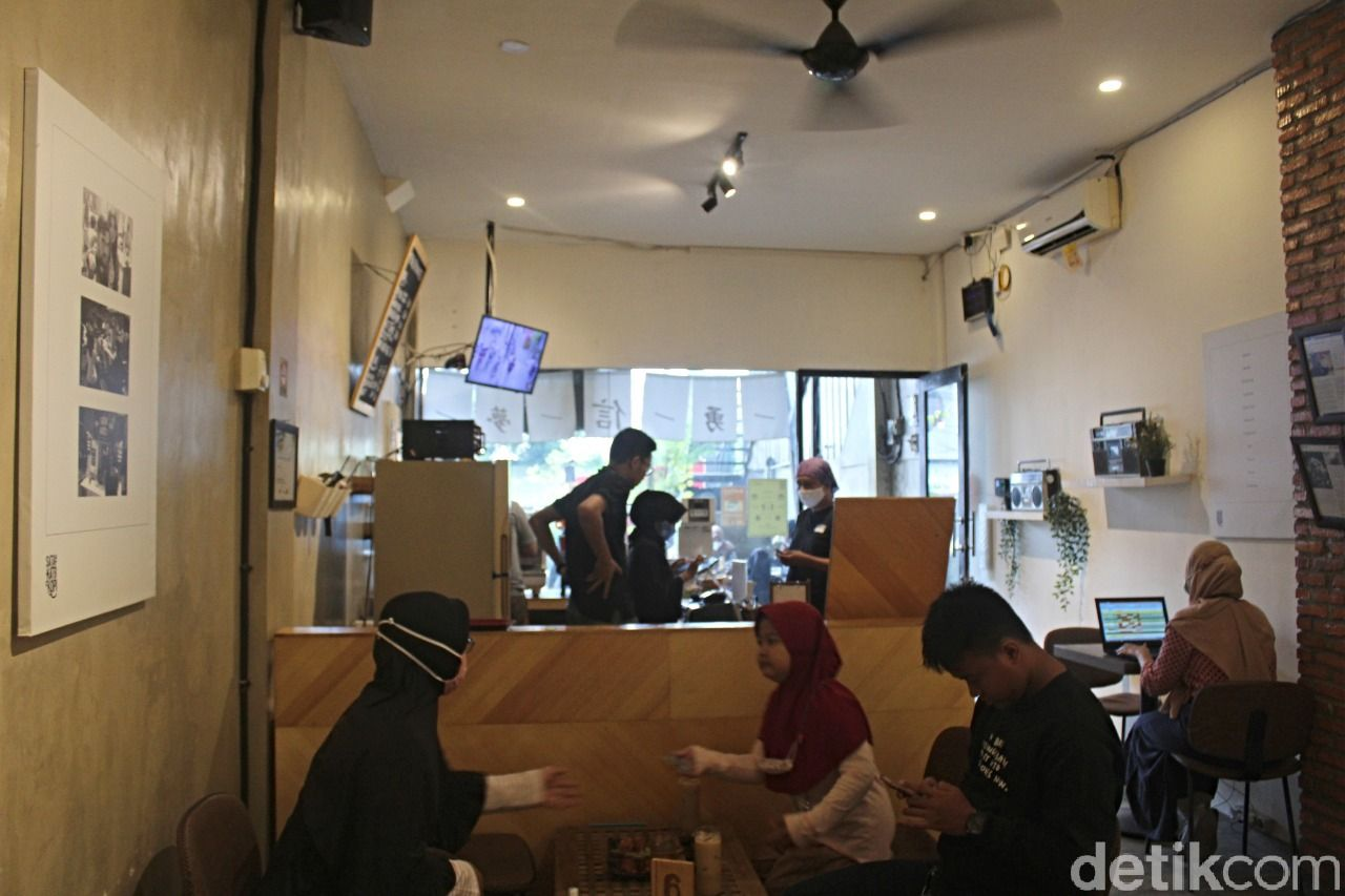 Kyo Dimsum: Uniknya Dimsum a la Sushi Milik Arya Saloka 'Ikatan Cinta'