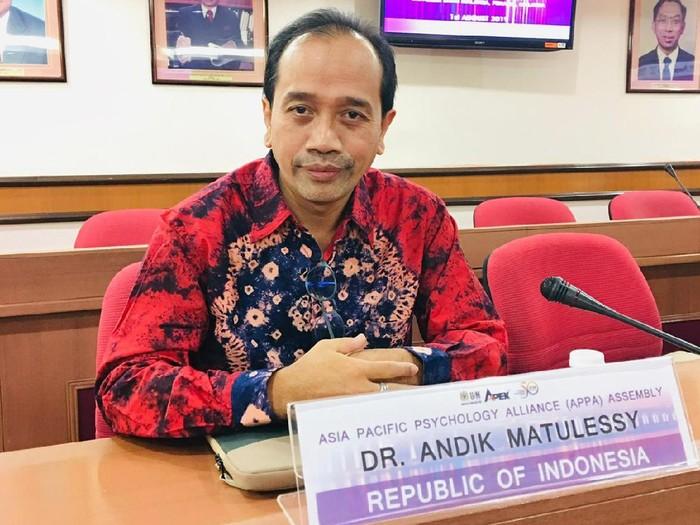 Pakar psikologi politik Untag Surabaya Andik Matulessy