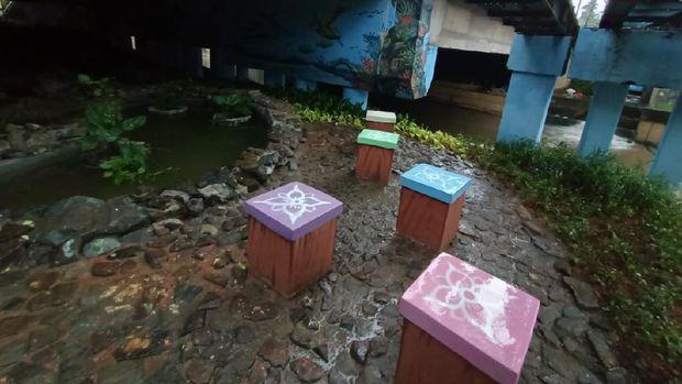 Penampakan Kolong Jembatan Pegangsaan (Foto: Karin/detikcom)