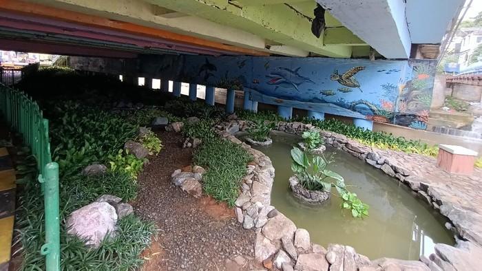 Penampakan terkini kolong jembatan Pegangsaan (Foto: Karin/detikcom)