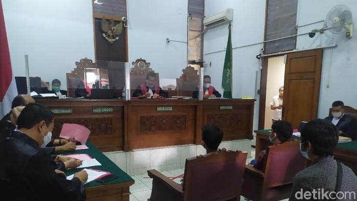 Sidang perdana kasus kebakaran gedung Kejagung (Luqman Nurhadi Arunanta/detikcom)