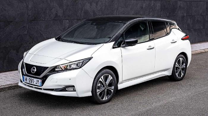 Nissan Leaf mendapatkan tampilan baru warisan dari Nissan Ariya.