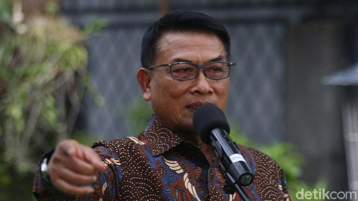 Kepala Staf Kepresidenan (KSP) Moeldoko dituding hendak mengambil alih Partai Demokrat dan menjadi capres di Pemilu 2024. Moeldoko menjawab isu itu.