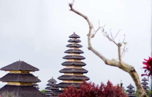 Pura Besakih (Foto: Dwi Wisuda S/dTraveler)
