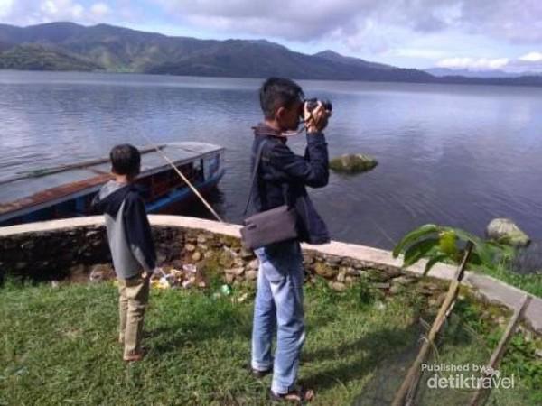 Membidik sudut-sudut danau yang Indah