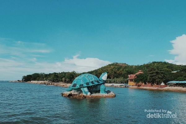 Pantai Tanjung Bajau Singkawang