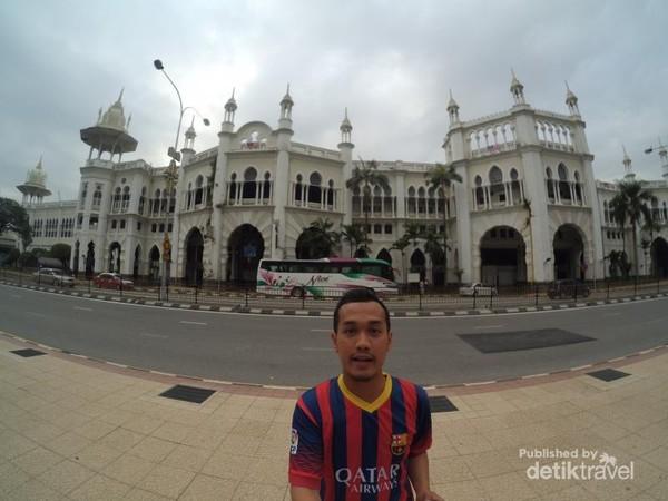 Bangunan Stasiun Kereta Api Kuala Lumpur