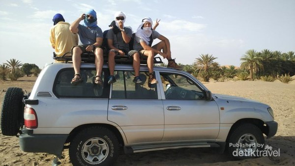 Riding the 4WD Vehicles