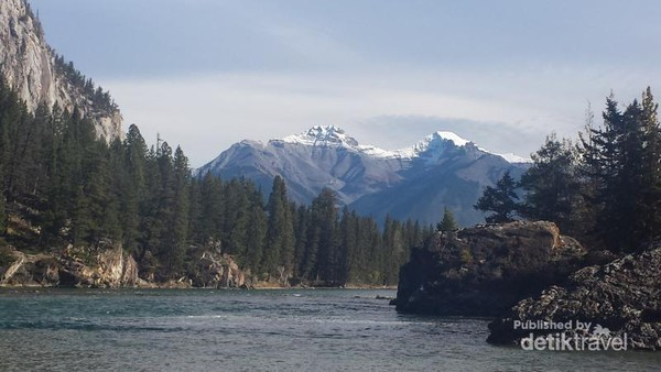 THE BOW RIVER
