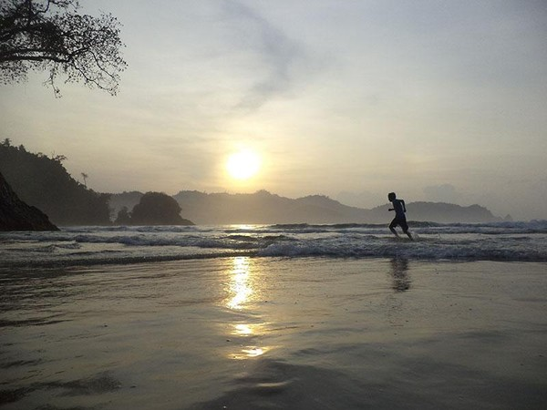 mengejar mataharit terbit