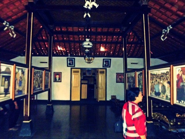 RumahSBY-2
