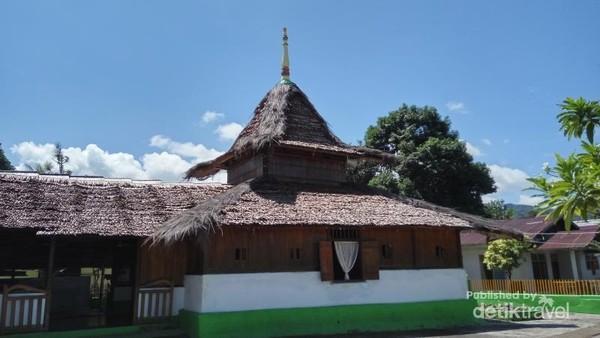 Masjid Tua Wapauwe