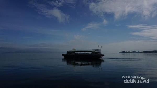 Indahnya Danau Toba dari Balige
