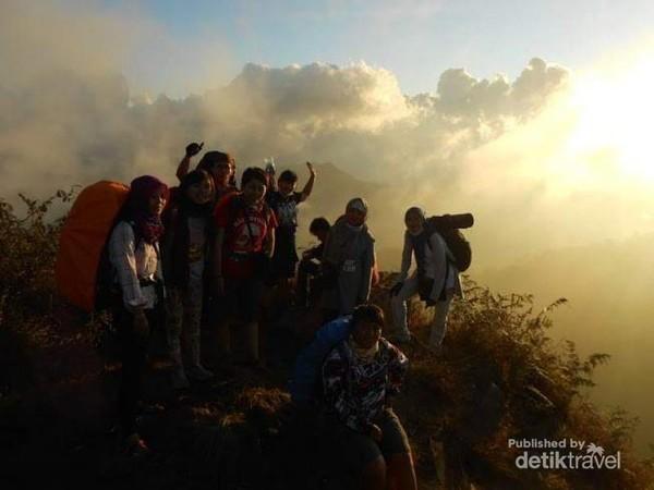 Sunset Gunung Prau