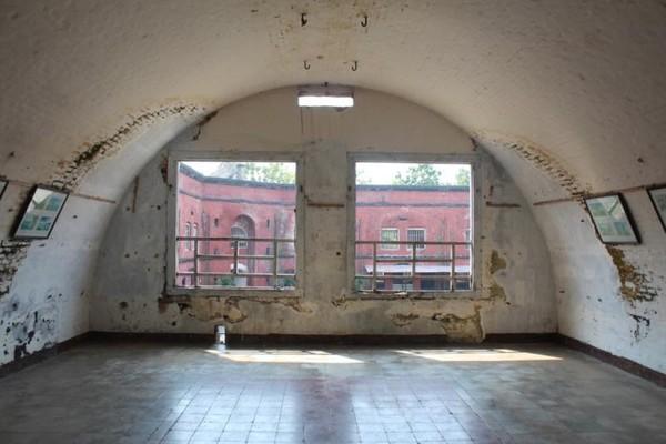 Bekas ruang asrama tentara Belanda