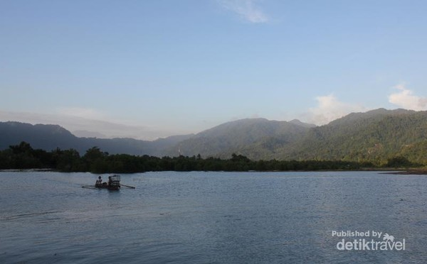 Spot hunting muara sungai sekitar Pantai Sako