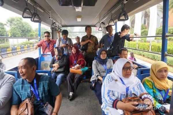 Bus City Tour Tangerang ada bagian area terbukanya