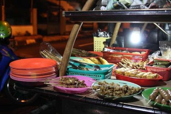 makanan yang siap disajikan (helenerea.wordpress.com)