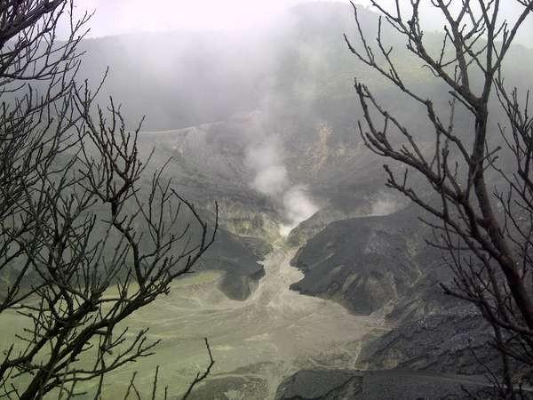 Kawah Tangkuban Perahu (Putri/detikTravel)